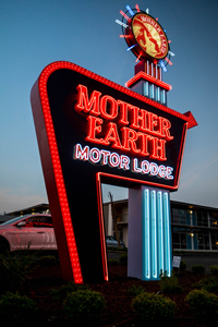 Picture of Mother Earth Motor Lodge - Hotel Package